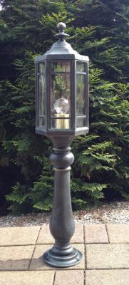 Pedestal Lantern Nr.1257