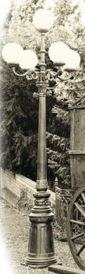 Fünfflammige Altstadtlaterne mit Kugelaufsätzen Nr.1347