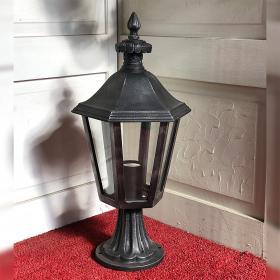 Exhibit Pedestal Lantern `Provence` DS2784