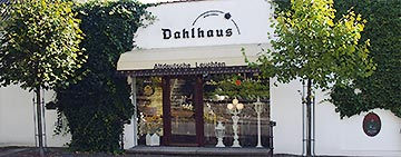 Dahlhaus Showroom Entrance